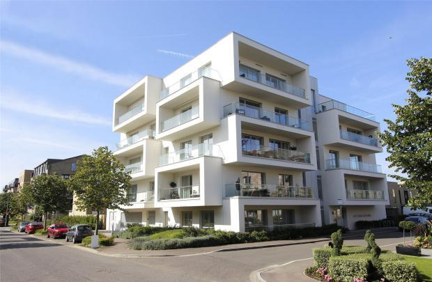 3 Bedrooms Apartment Flat for sale in The Aura Building, Northrop Road, Cambridge