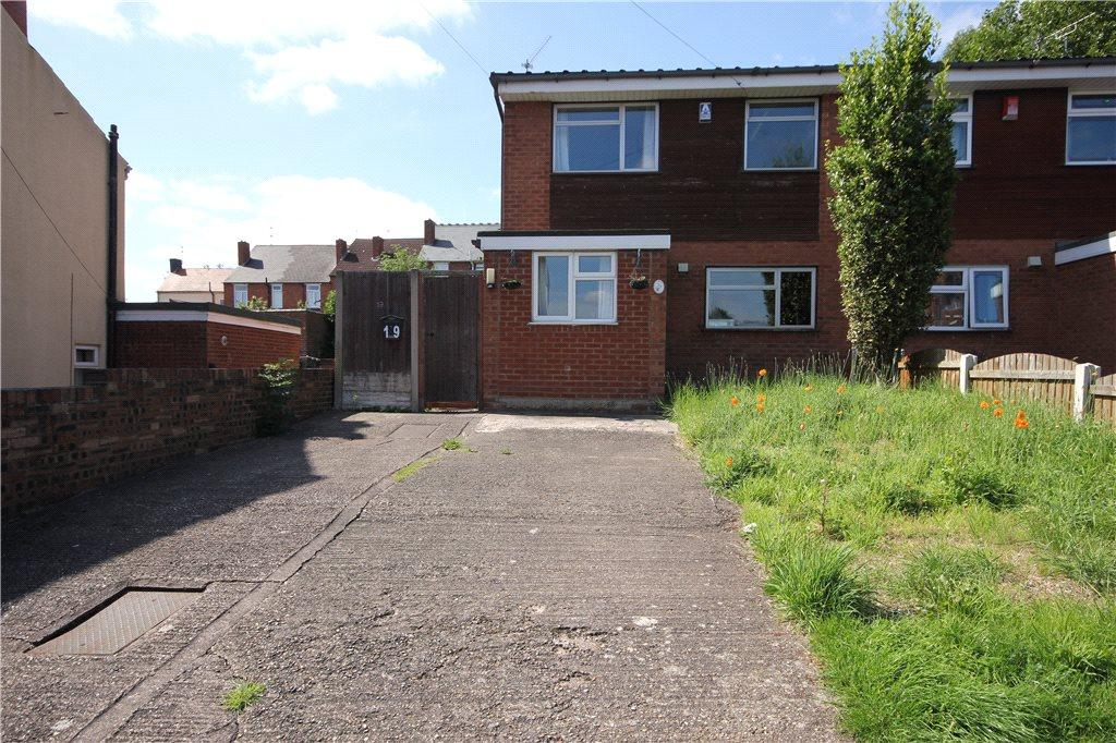 3 Bedrooms Semi Detached House for sale in Castleton Street, Dudley, West Midlands, DY2