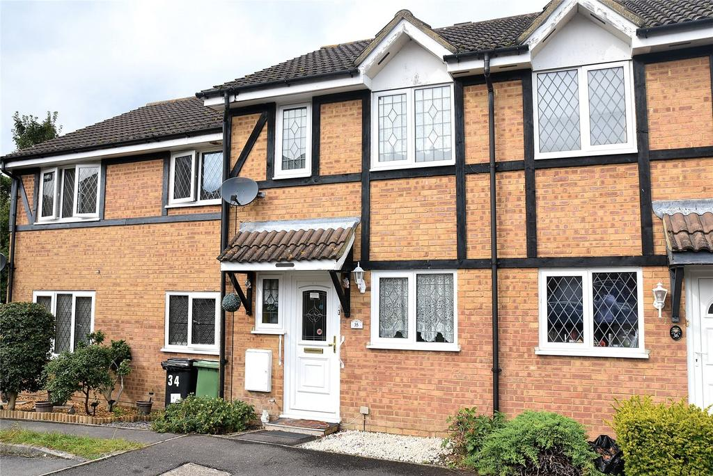 2 Bedrooms Terraced House for sale in Warblington Close, Tadley, Hampshire, RG26