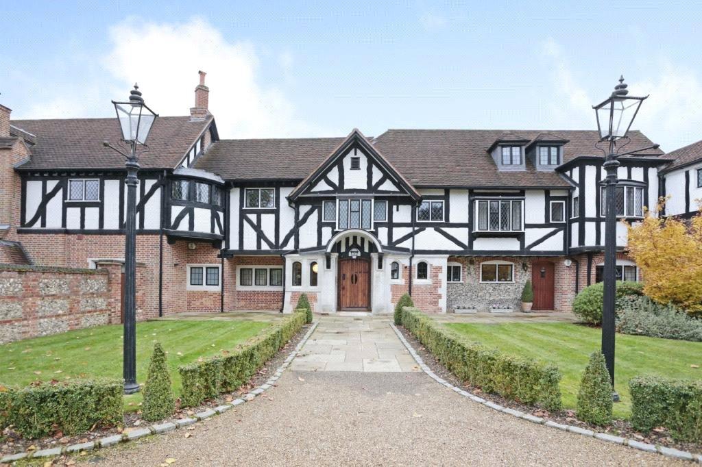 3 Bedrooms House for sale in Rawlings Lane, Seer Green, Bucks, HP9