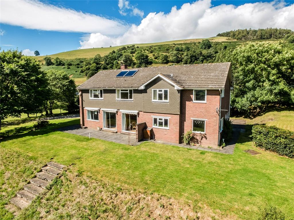 5 Bedrooms Detached House for sale in Llansilin, Oswestry, Shropshire