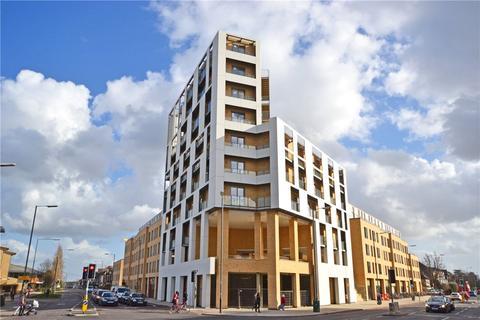 1 bedroom apartment to rent - Marque House, 143 Hills Road, Cambridge, CB2