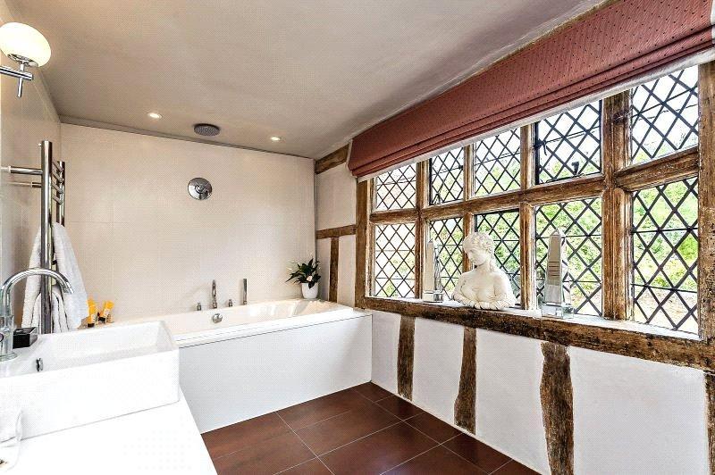 Benton Street Hadleigh Ipswich Suffolk Ip7 5 Bed Semi Detached House For Sale 795 000