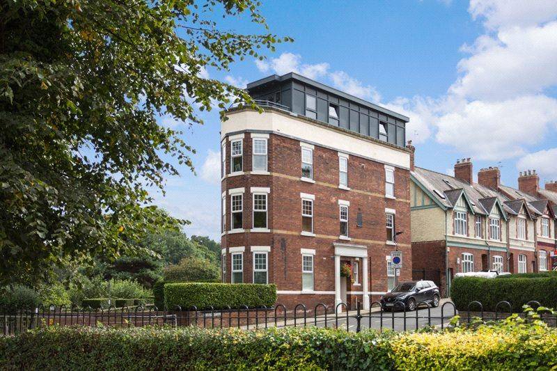 1 Bedroom Apartment Flat for sale in Grasmead House, 1 Scarcroft Hill, York, YO24