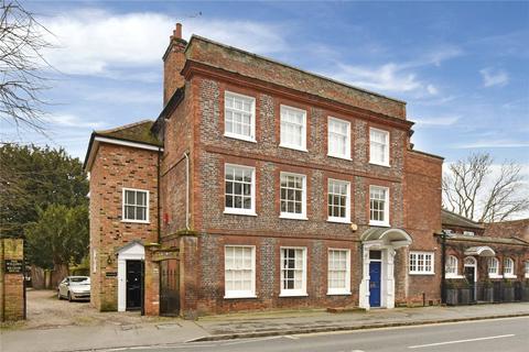 2 bedroom character property to rent - West Street, Marlow, Buckinghamshire, SL7