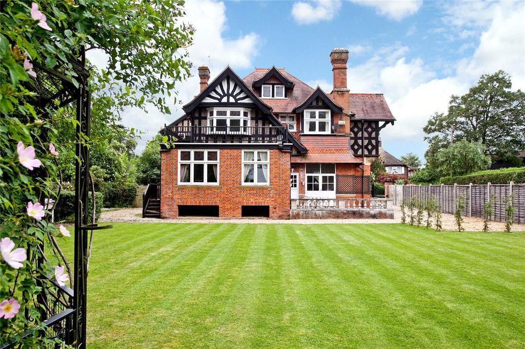 7 Bedrooms Detached House for sale in Court Road, Maidenhead, Berkshire, SL6