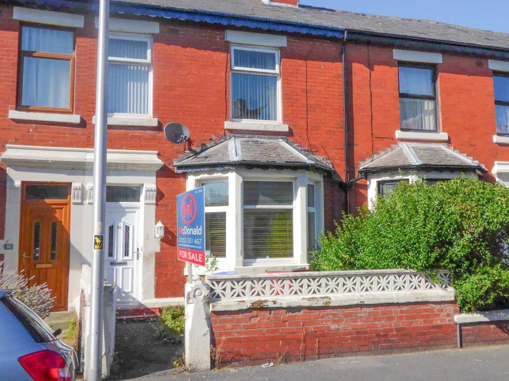 1 Bedroom Apartment Flat for sale in Woodland Grove, Stanley Park, Blackpool