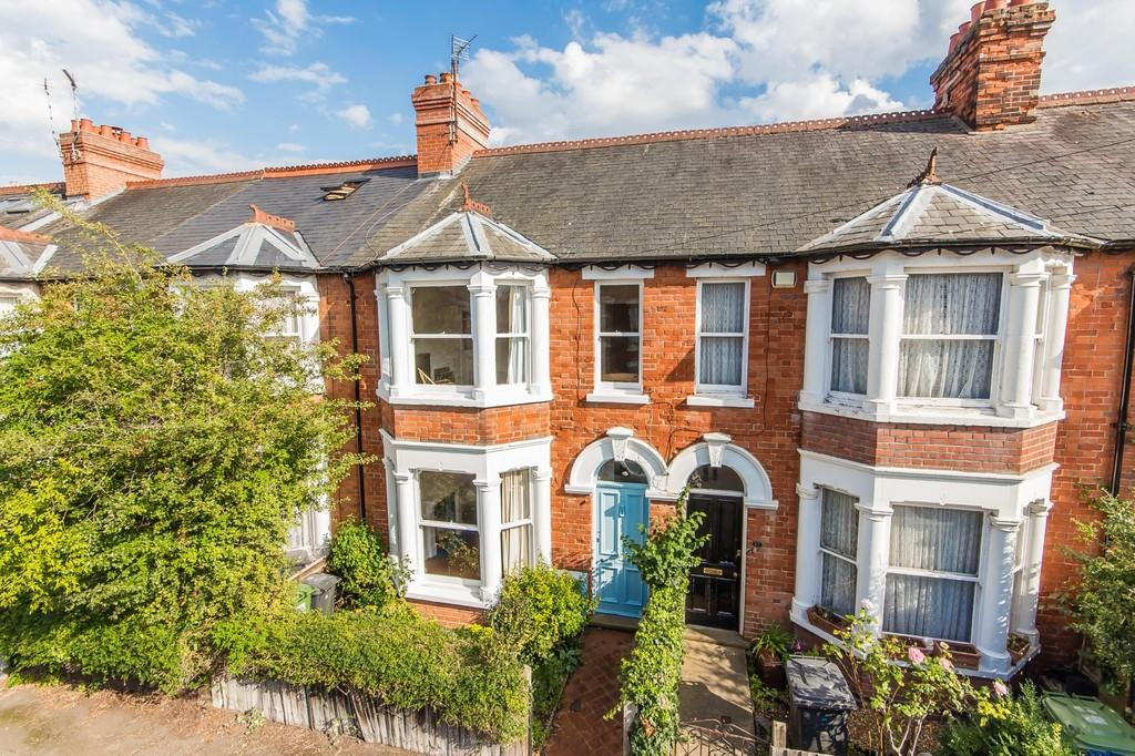 3 Bedrooms Terraced House for sale in Eltisley Avenue, Cambridge