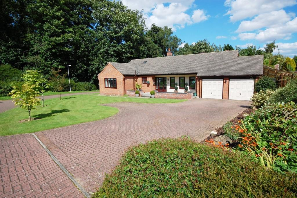 3 Bedrooms Detached Bungalow for sale in Woodvale Rise, Louth