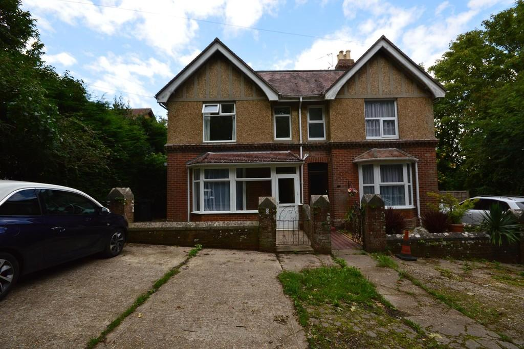 3 Bedrooms Semi Detached House for sale in Lower Hyde Road, Shanklin