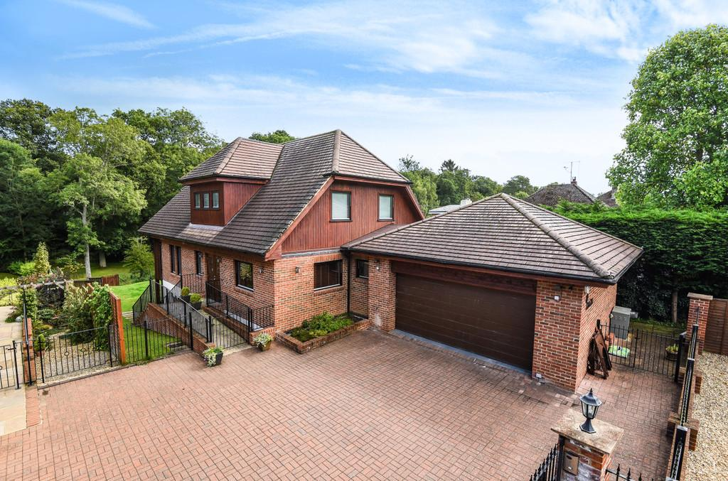 5 Bedrooms Detached House for sale in Frith End, Hampshire