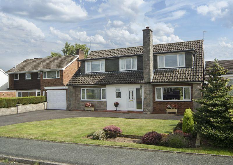 4 Bedrooms Detached House for sale in Cranmere Avenue, Tettenhall, Wolverhampton