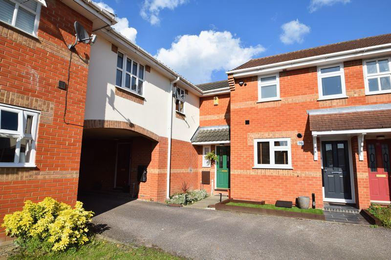 2 Bedrooms Terraced House for sale in Northampton Grove, Basildon