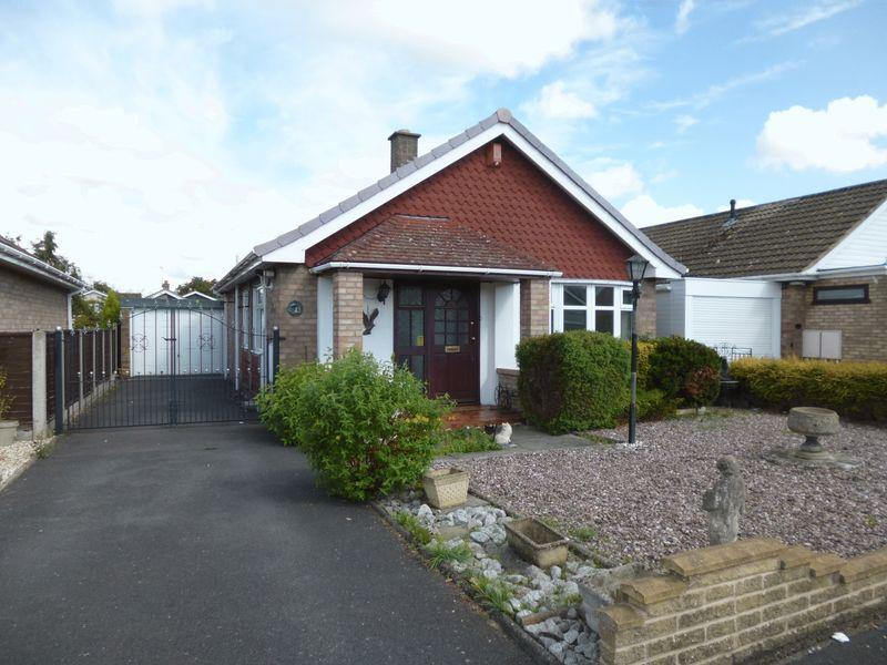 2 Bedrooms Detached Bungalow for sale in Thirlmere Avenue, Nuneaton