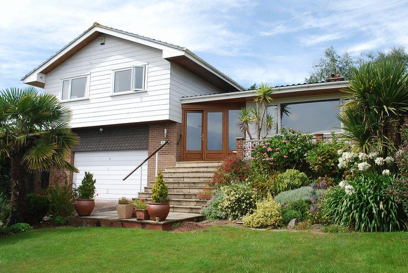 5 Bedrooms Detached House for sale in Den Brook Close, Torquay
