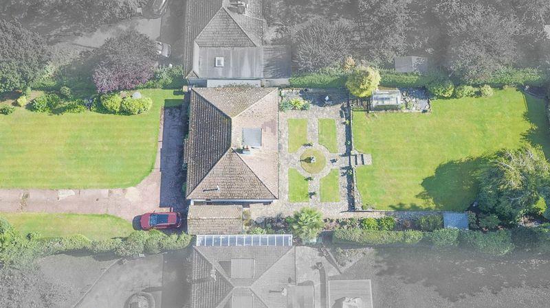 3 Bedrooms Detached Bungalow for sale in ASHTEAD