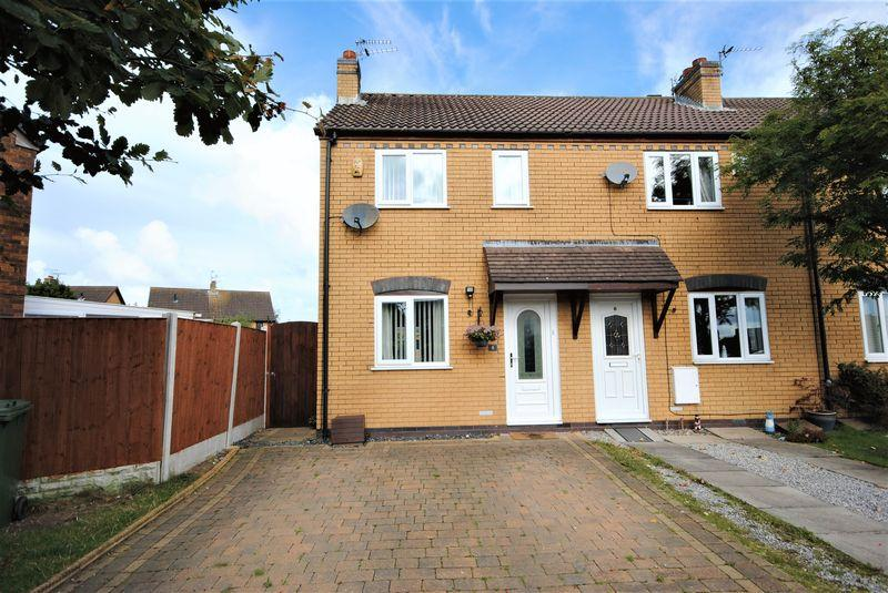2 Bedrooms Terraced House for sale in Desford Close, Moreton