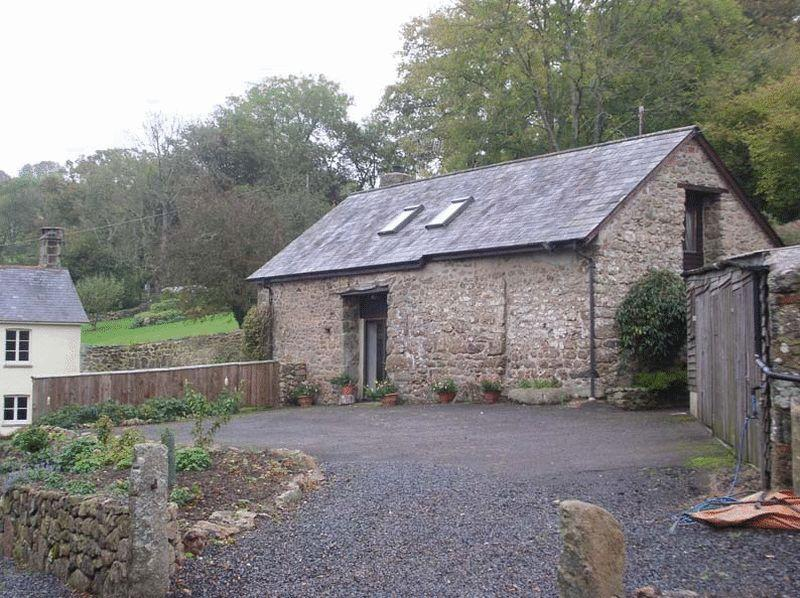 3 Bedrooms Detached House for rent in Howton, Moretonhampstead