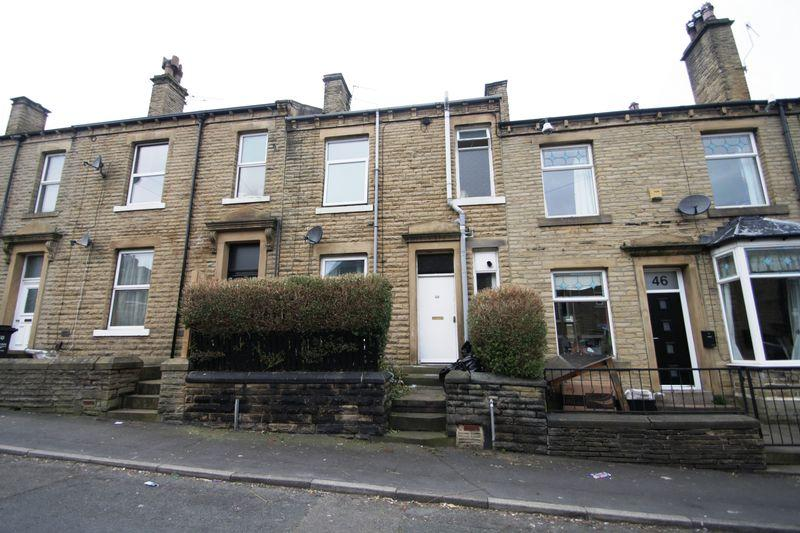 3 Bedrooms House for sale in Langdale Street, Elland