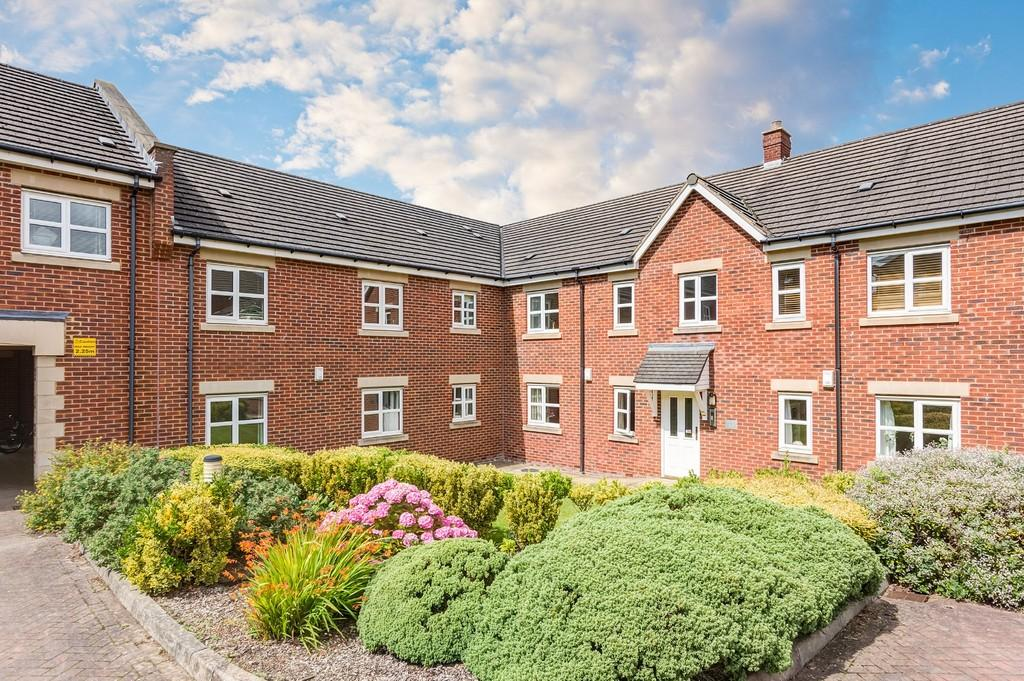 2 Bedrooms Flat for rent in St Francis Close, Sheffield