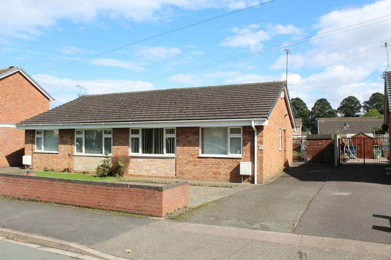 2 Bedrooms Semi Detached Bungalow for sale in Avondale Drive, Severn Meadows, Castlefields, Shrewsbury, SY1 2TZ