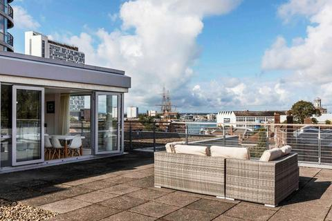 2 bedroom penthouse for sale - Admiralty Quarter, Portsmouth