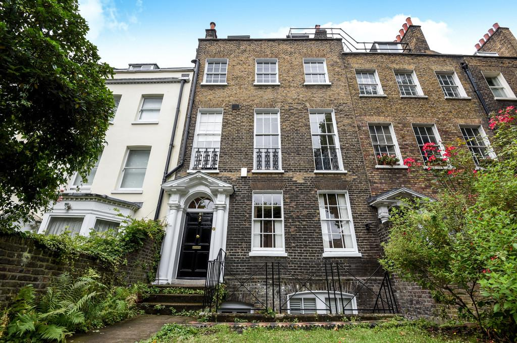 7 Bedrooms Terraced House for sale in Kennington Road, SE11
