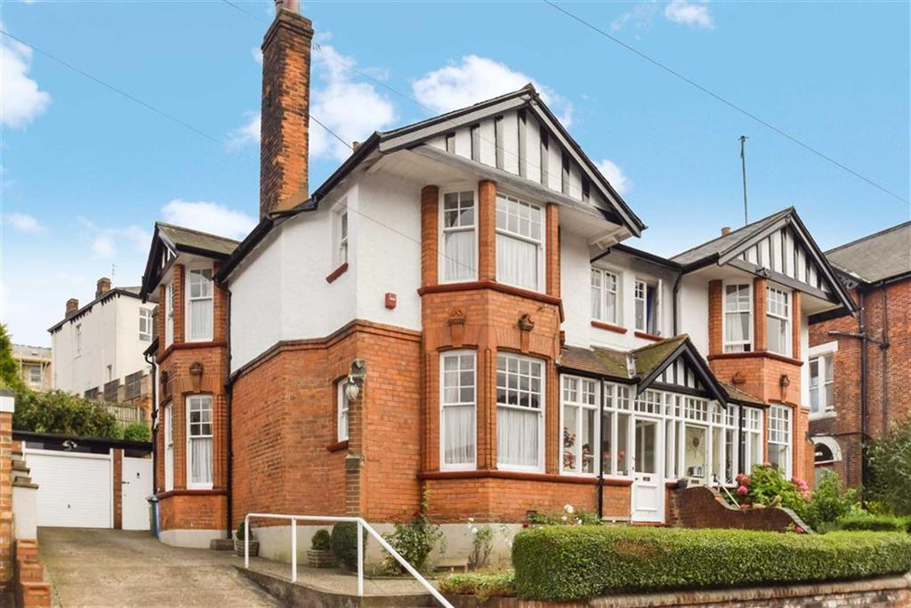 4 Bedrooms Semi Detached House for sale in Grosvenor Road, Scarborough, North Yorkshire, YO11