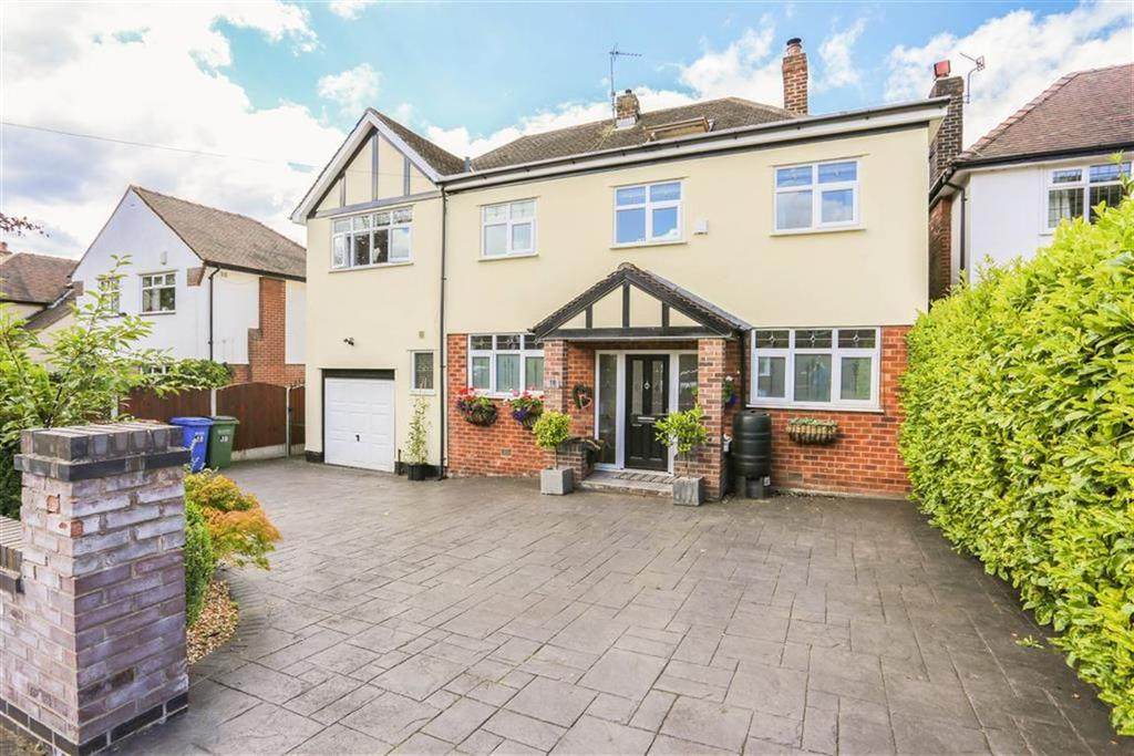 5 Bedrooms Detached House for sale in Links Road, Romiley, Cheshire
