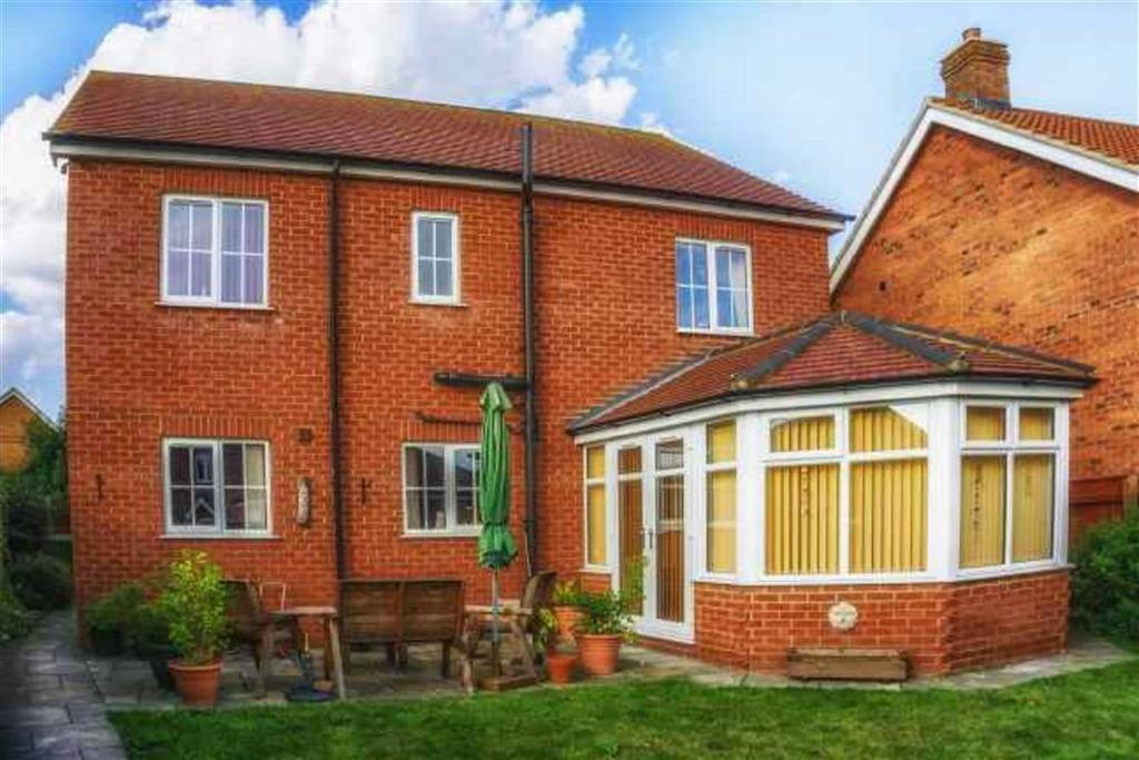 4 Bedrooms Detached House for sale in Pasture Lane, Scartho, Nort East Lincolnshire