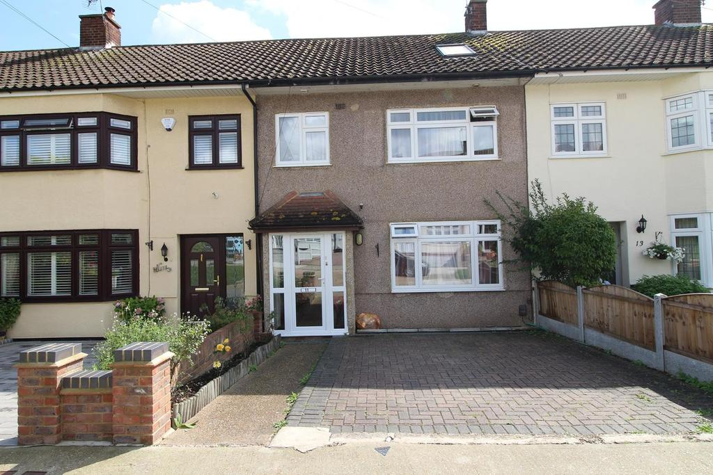 3 Bedrooms Terraced House for sale in Crouch Valley, Upminster, Essex, RM14