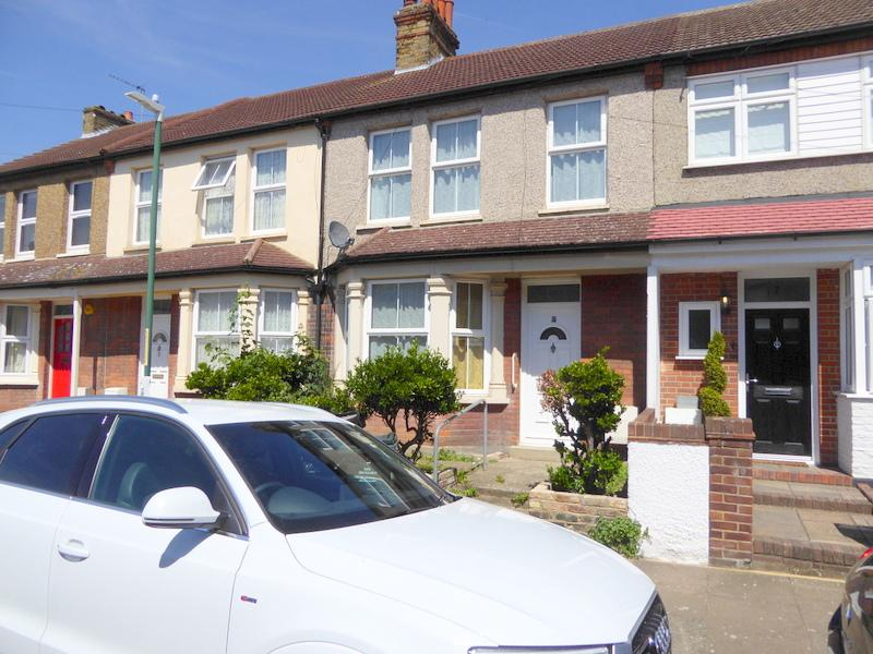 2 Bedrooms Terraced House for sale in Bedford Road, Dartford DA1