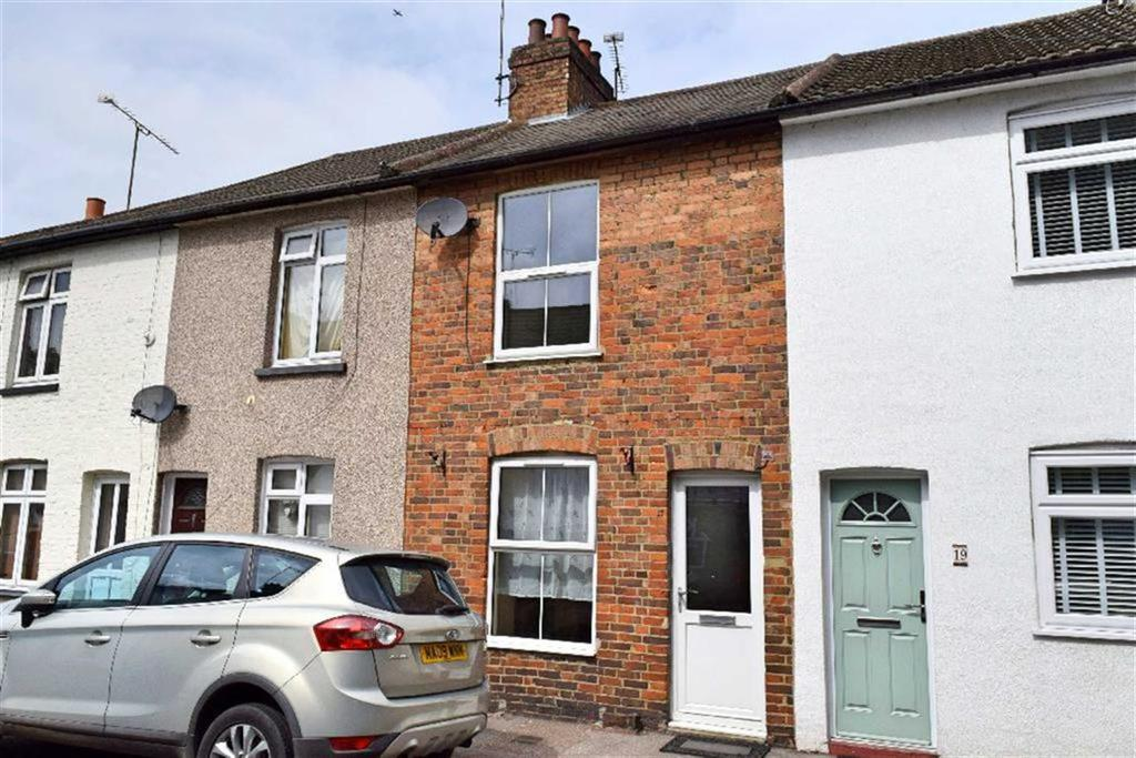 2 Bedrooms Terraced House for sale in Milton Road, Dunton Green, TN13