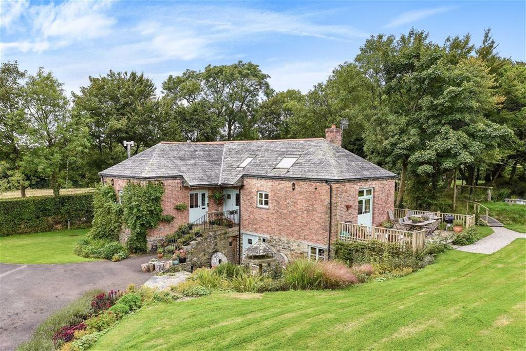4 Bedrooms Detached House for sale in St Mabyn, Bodmin, Cornwall, PL30