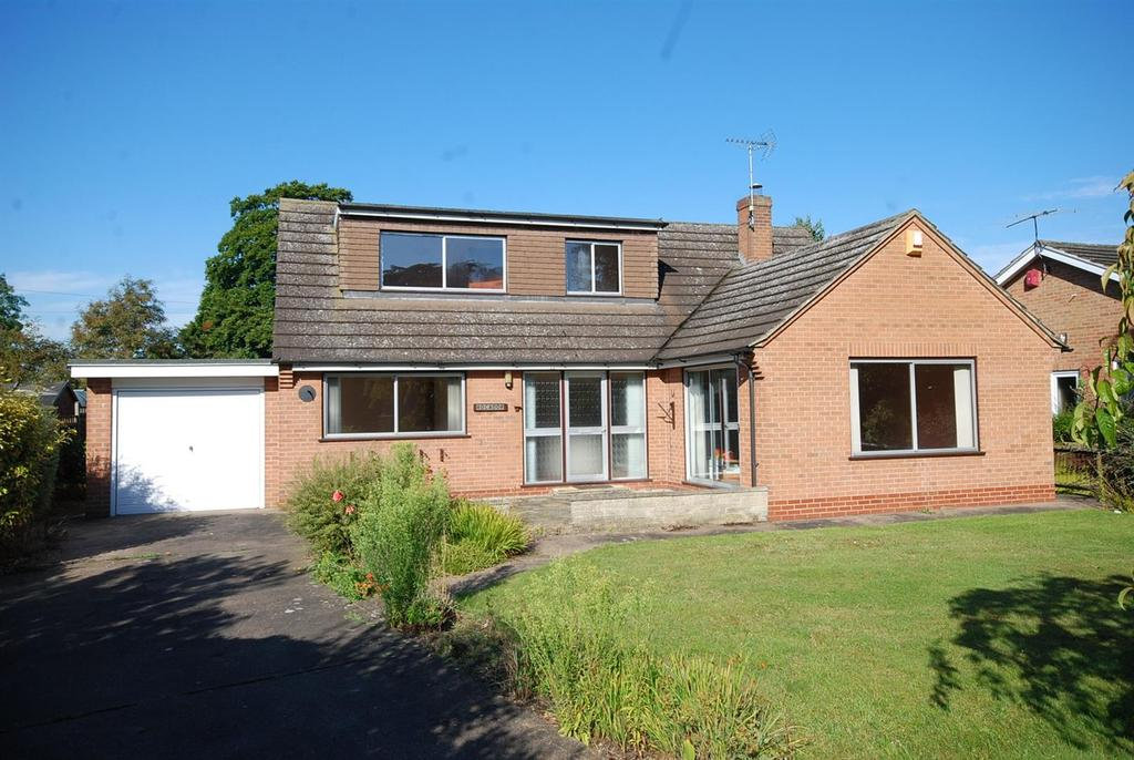3 Bedrooms Detached Bungalow for sale in Main Street, Carlton-On-Trent, Newark