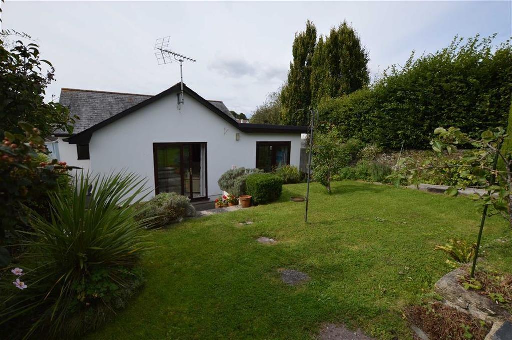 3 Bedrooms Bungalow for sale in Chapel Court, Stoke Gabriel, Devon, TQ9