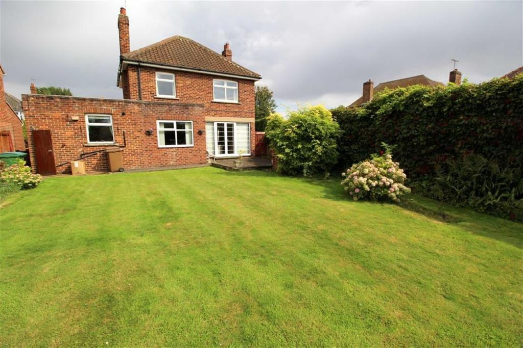 3 Bedrooms Detached House for sale in Newland Avenue, Driffield, East Yorkshire