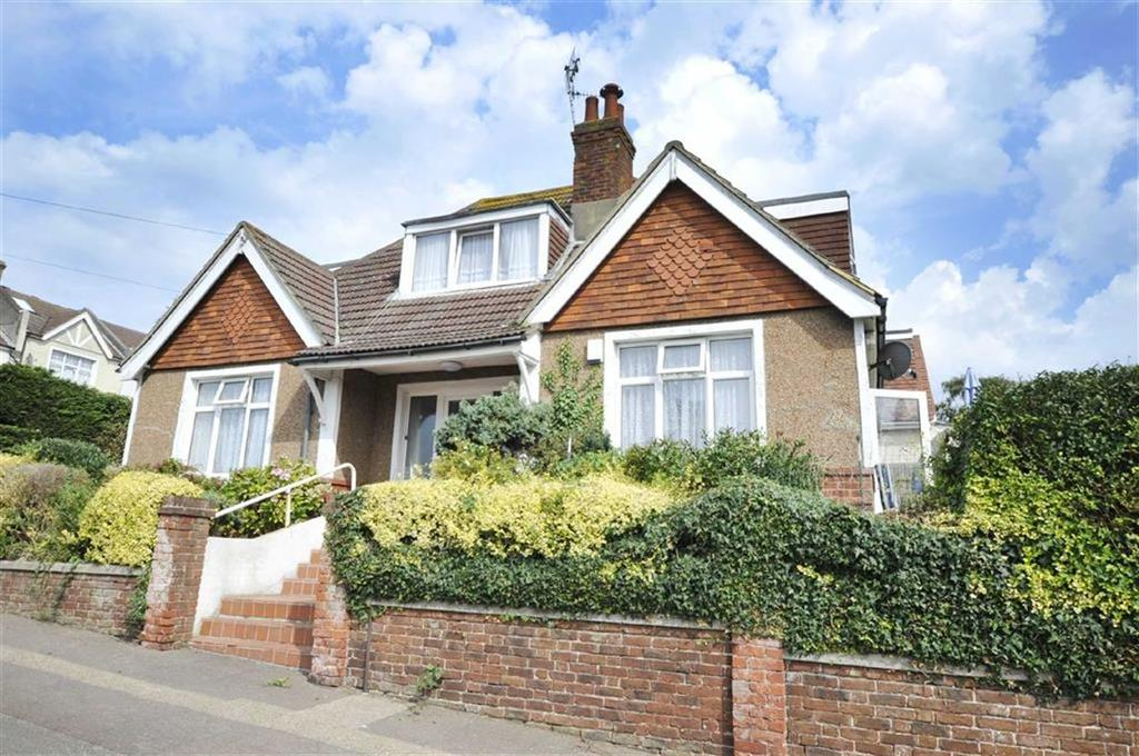 4 Bedrooms Detached House for sale in Dudley Road, Brighton