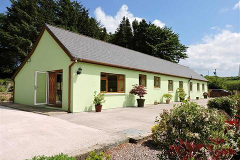 3 bedroom property with land for sale - Pencader, Carmarthen