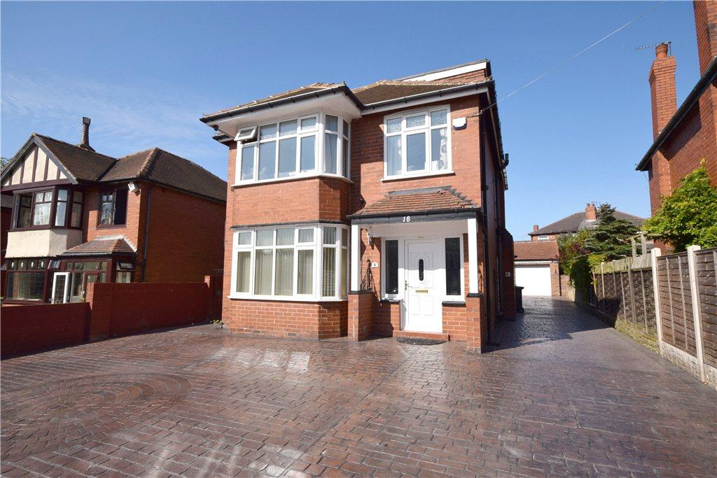 5 Bedrooms Detached House for sale in Montagu Crescent, Oakwood, Leeds