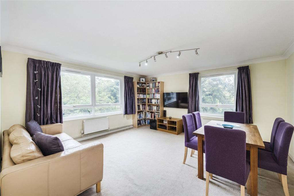 2 Bedrooms Flat for sale in Barrowgate Road, Chiswick, London