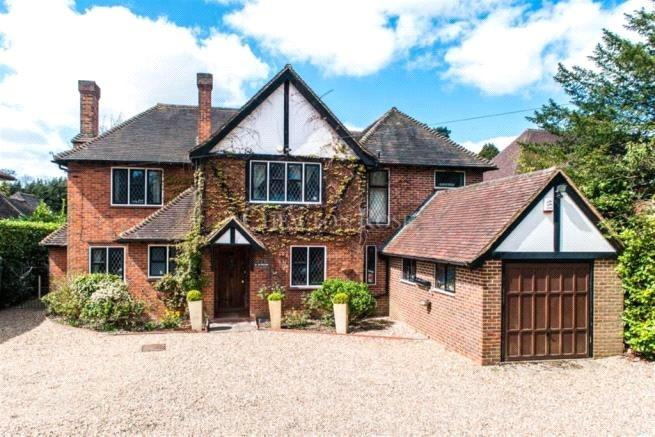 5 Bedrooms Detached House for sale in Windsor Road, Gerrards Cross, Buckinghamshire