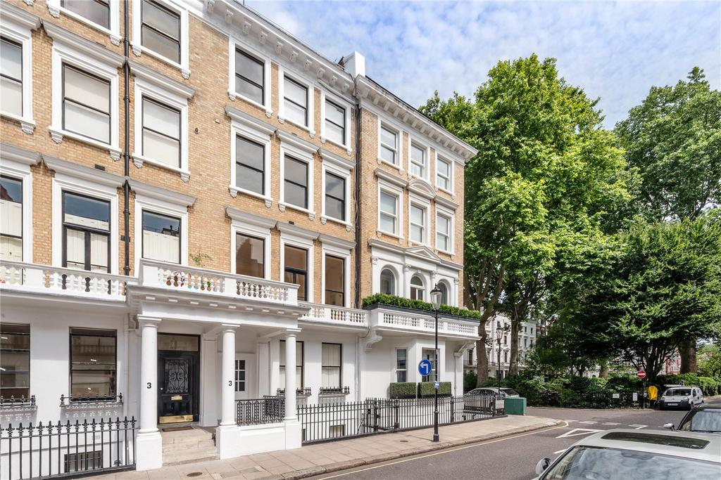2 Bedrooms Flat for sale in Ovington Gardens, London