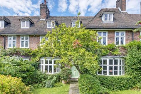 Reynolds Close Hampstead Garden Suburb London Nw11 7