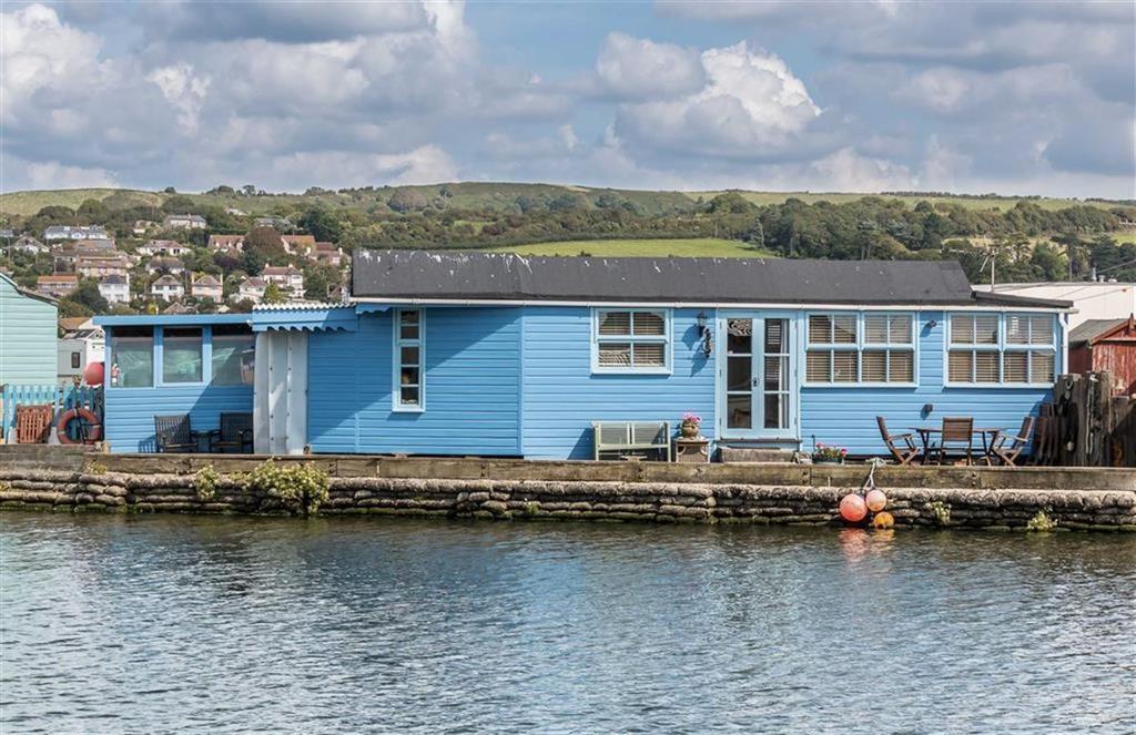 2 Bedrooms Bungalow for sale in Riverside, West Bay, West Bay, Dorset, DT6