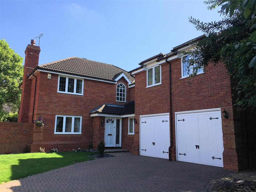 4 Bedrooms Detached House for sale in Ratcliffe Road, Leicester
