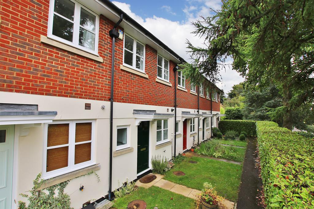 2 Bedrooms Terraced House for sale in Fulflood, Winchester