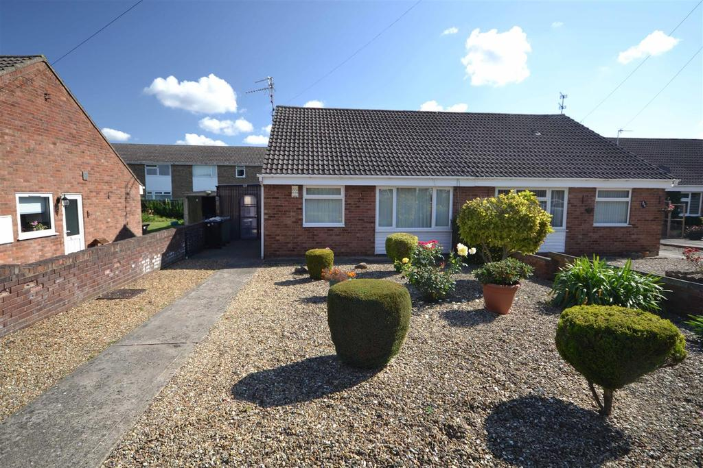 2 Bedrooms Bungalow for sale in Churchill Road, Stamford