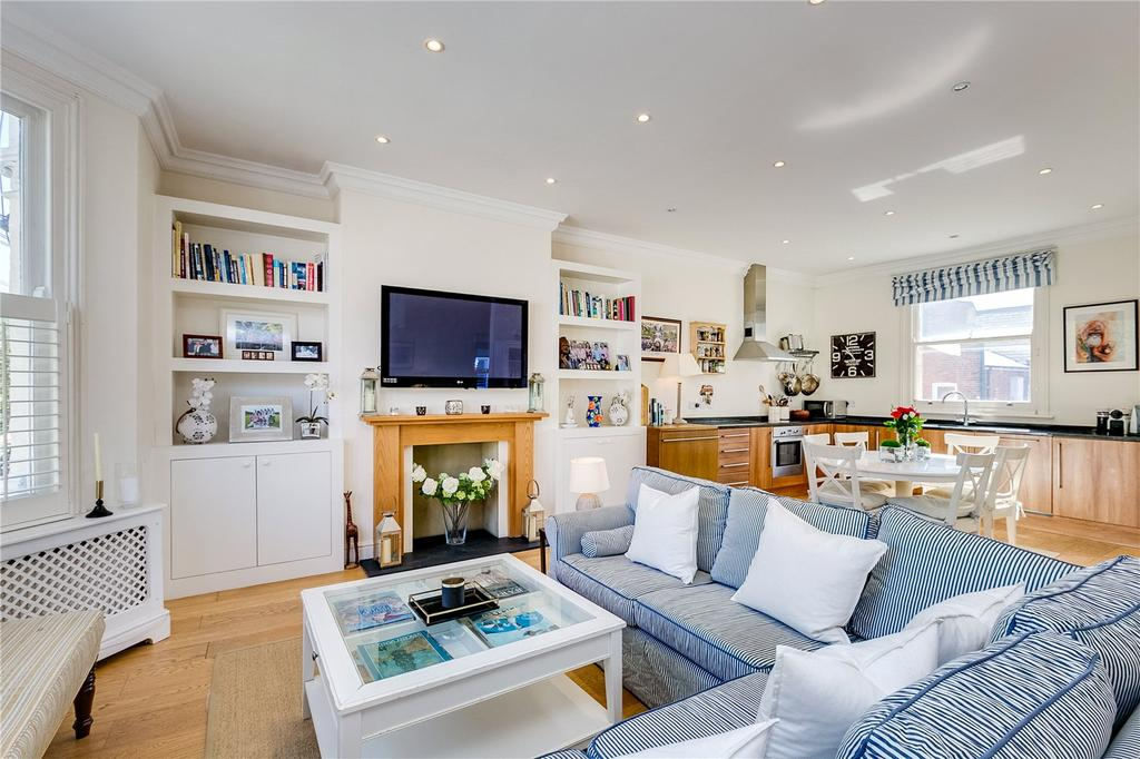 2 Bedrooms Flat for sale in Bronsart Road, Munster Village, London