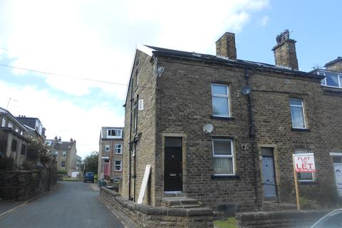 Studio to rent - Belmont Terrace, Shipley BD18